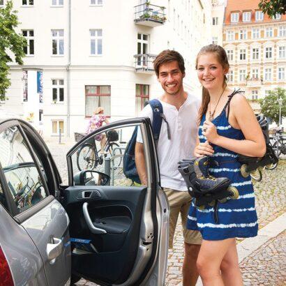Foto junge Fahrer c cambio StadtAuto Bremen CarSharing GmbH 1 410x410 Carsharing ist richtig cool